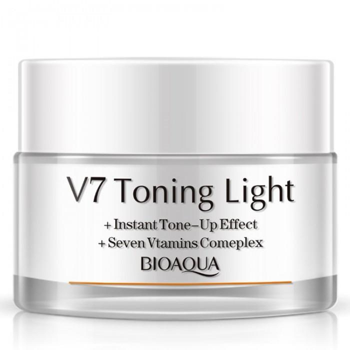 Bioaqua крем для лица V7 осветляющий